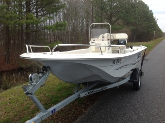 2017 Carolina Skiff JVX 16 Center Console